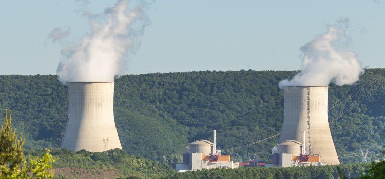 Francia se recupera de la gripe nuclear: este mes ocho reactores vuelven a operar y contribuirán a bajar la luz en España